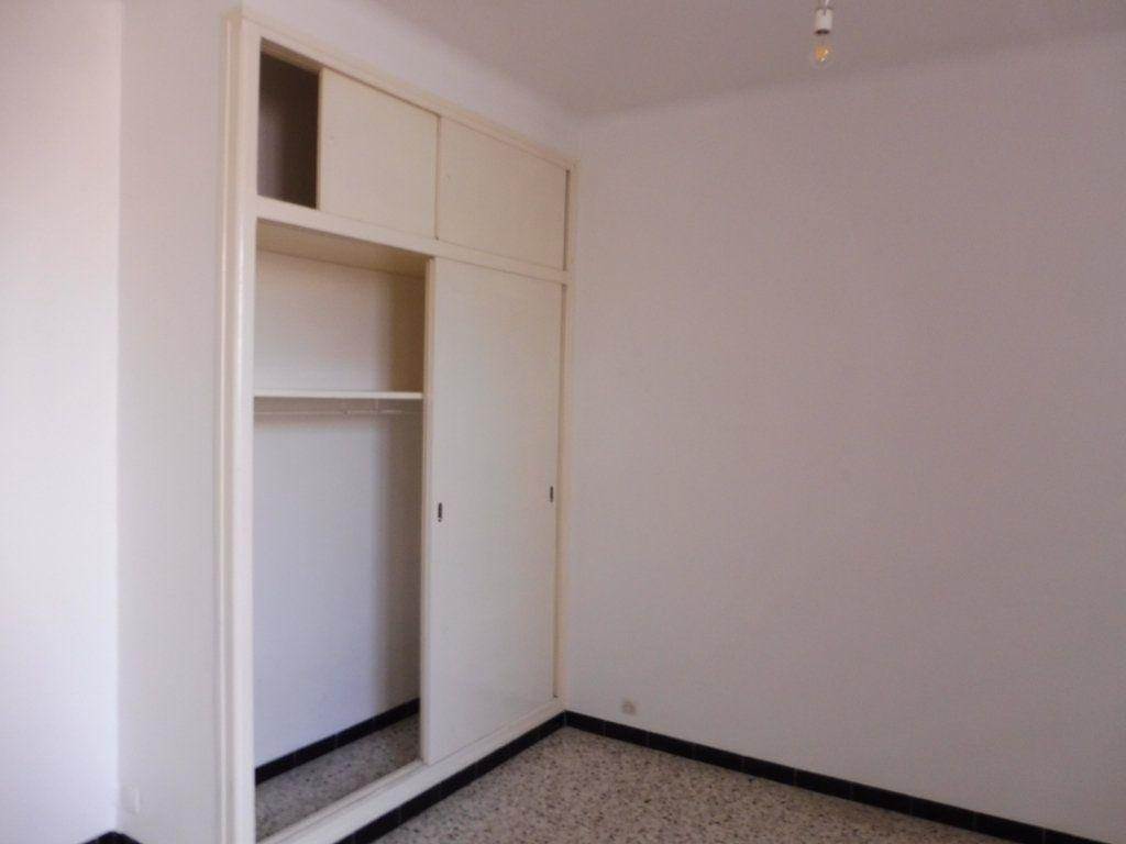 Appartement à louer 2 47m2 à Pertuis vignette-6