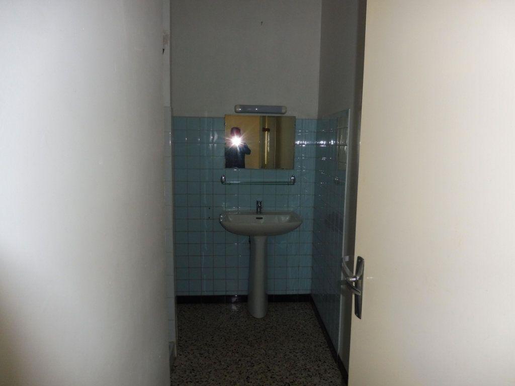 Appartement à louer 2 47m2 à Pertuis vignette-8