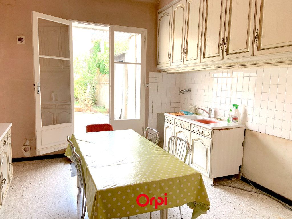 Maison à vendre 6 210m2 à Pertuis vignette-4