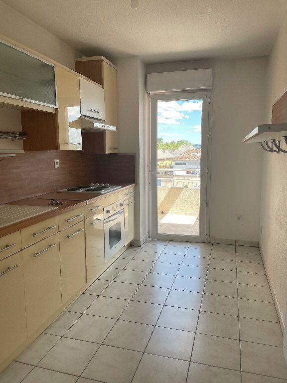 Appartement à louer 3 59.83m2 à Manosque vignette-1