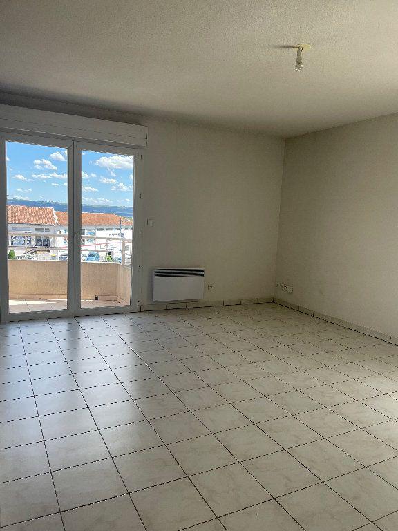 Appartement à louer 3 59.83m2 à Manosque vignette-2