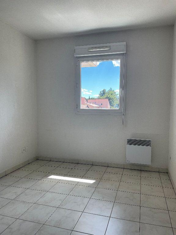 Appartement à louer 3 59.83m2 à Manosque vignette-7