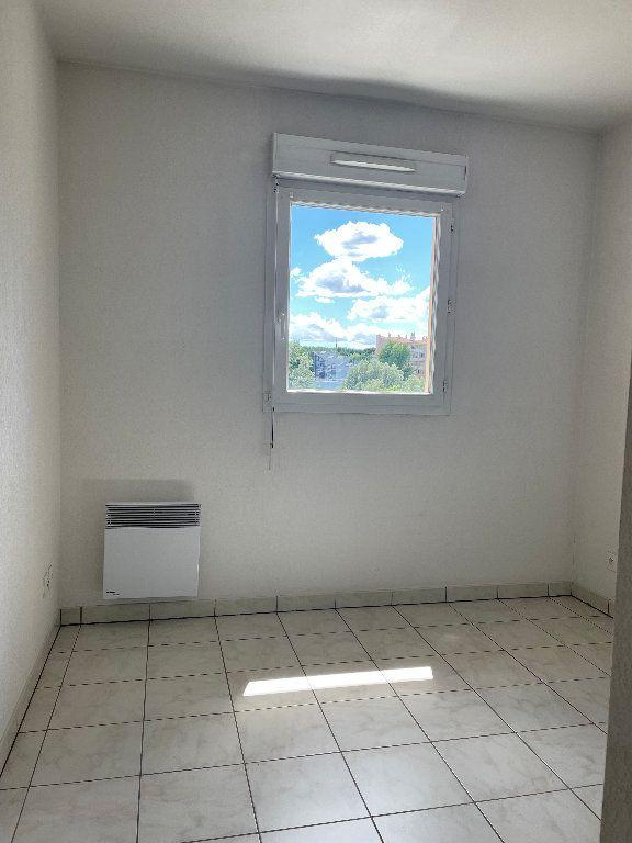 Appartement à louer 3 59.83m2 à Manosque vignette-8