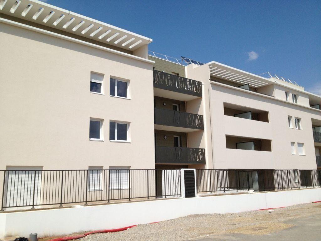 Appartement à louer 1 24.38m2 à Manosque vignette-1
