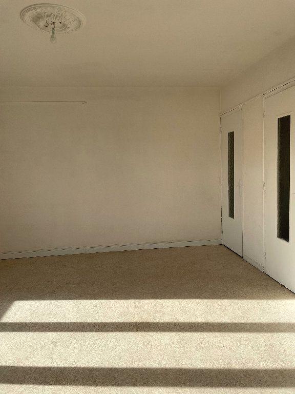 Appartement à louer 2 42m2 à Manosque vignette-2