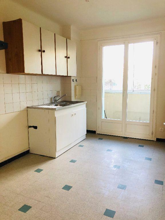 Appartement à louer 3 70.74m2 à Manosque vignette-5