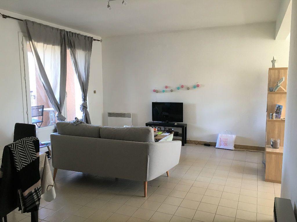 Appartement à louer 2 69.14m2 à Manosque vignette-1