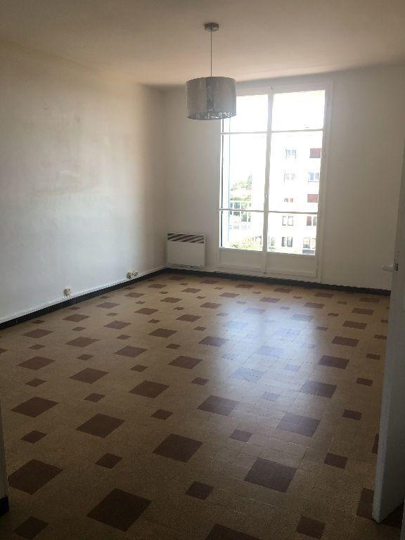 Appartement à louer 3 57.6m2 à Manosque vignette-2