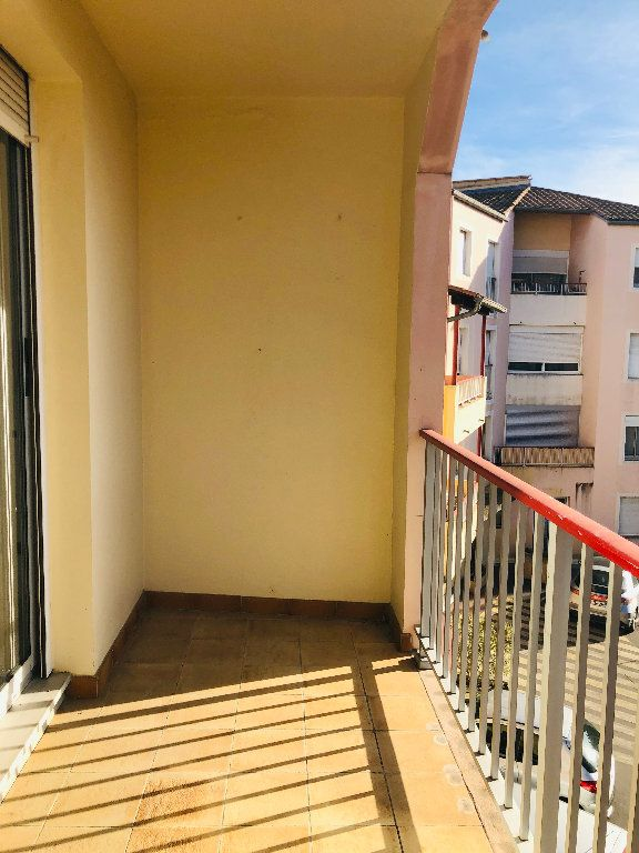 Appartement à louer 3 65.32m2 à Manosque vignette-8
