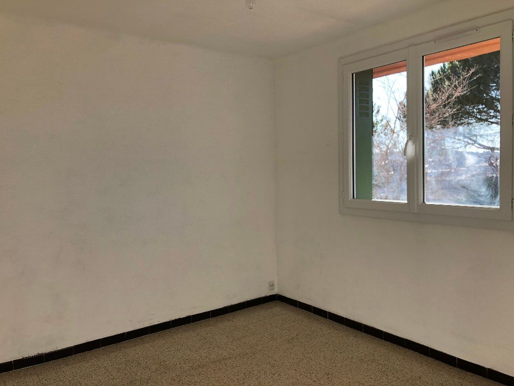 Appartement à louer 3 56m2 à Manosque vignette-4
