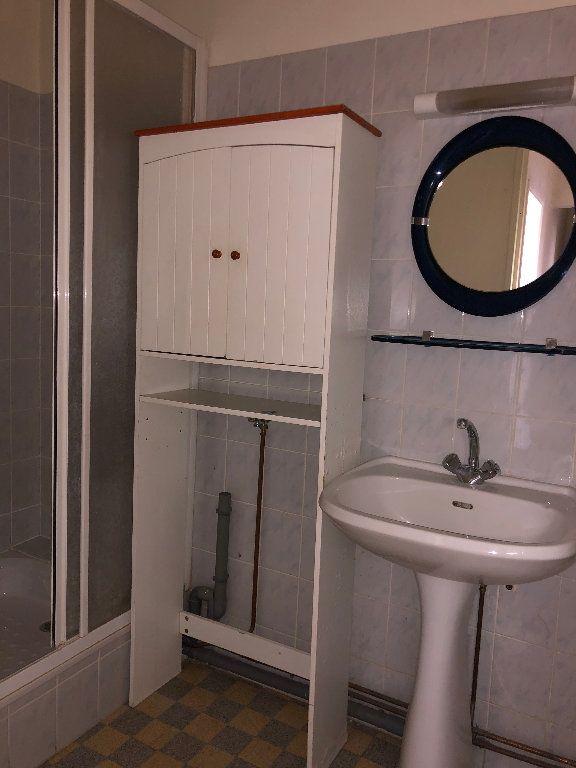 Appartement à louer 3 56m2 à Manosque vignette-6