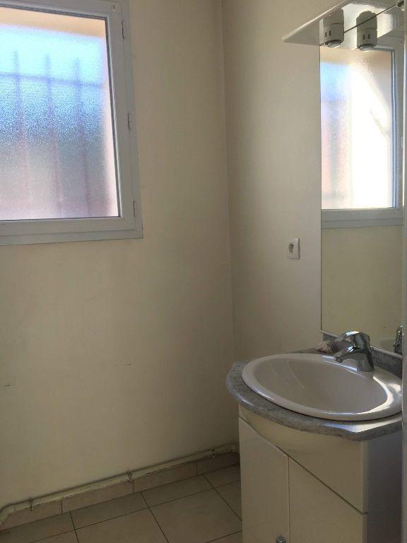 Appartement à louer 2 45.97m2 à Manosque vignette-4