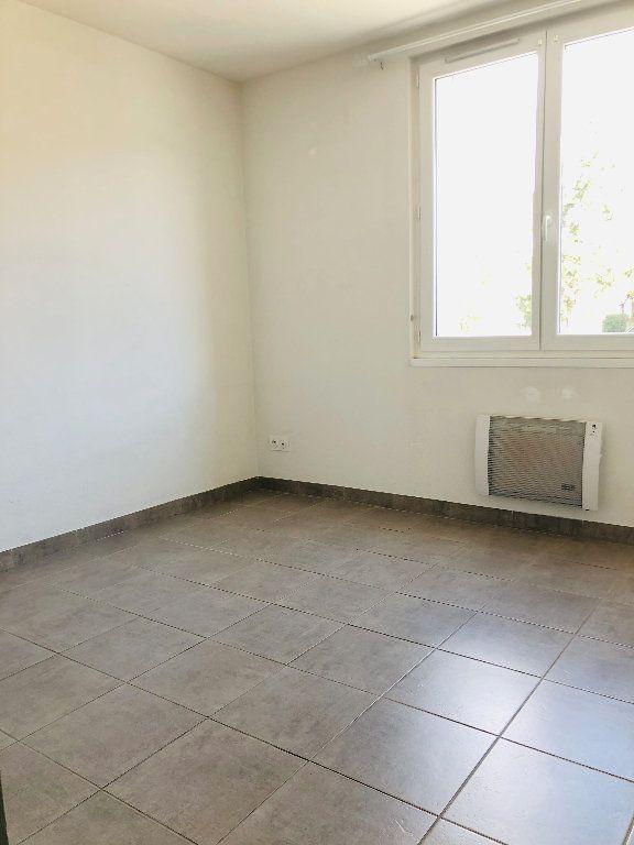 Appartement à louer 3 56.24m2 à Manosque vignette-5