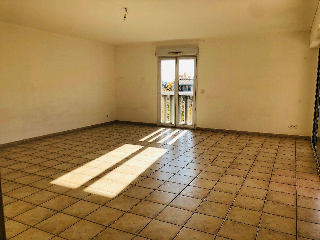Appartement à louer 4 103.15m2 à Manosque vignette-2