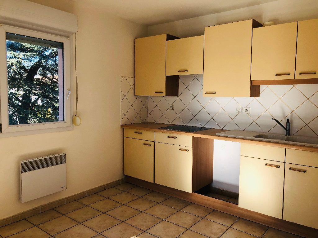 Appartement à louer 4 103.15m2 à Manosque vignette-5