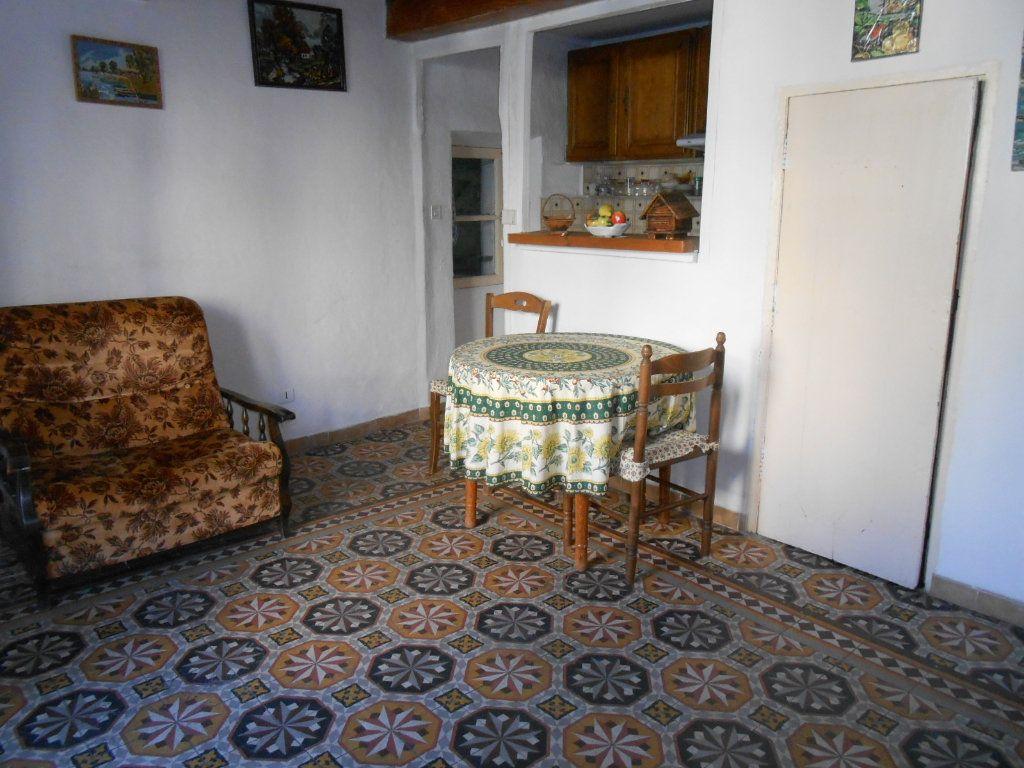 Maison à vendre 4 50m2 à Sainte-Tulle vignette-1