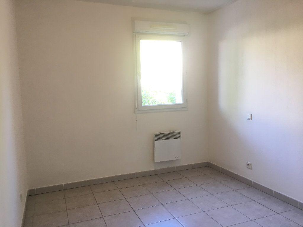 Appartement à louer 3 56.23m2 à Manosque vignette-7