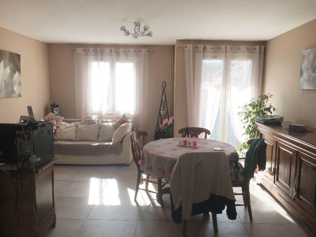Appartement à louer 4 81.92m2 à Manosque vignette-2