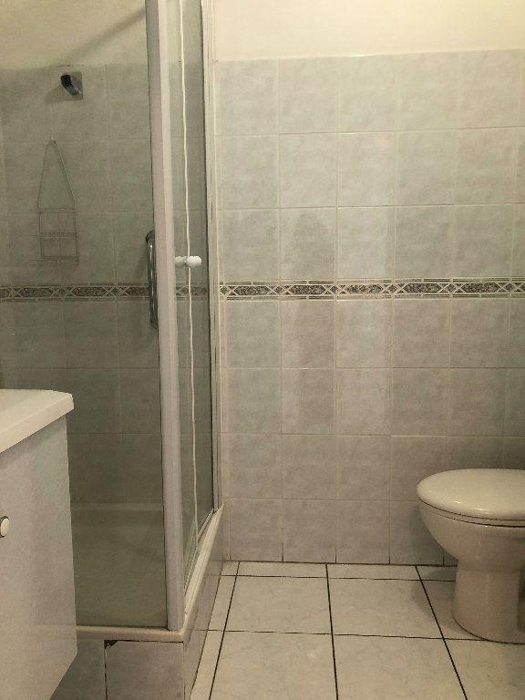 Appartement à louer 2 40.14m2 à Manosque vignette-7