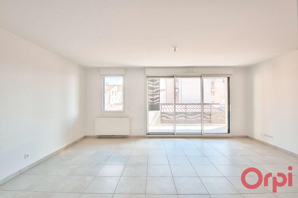 Appartement à vendre 3 64.63m2 à Manosque vignette-5