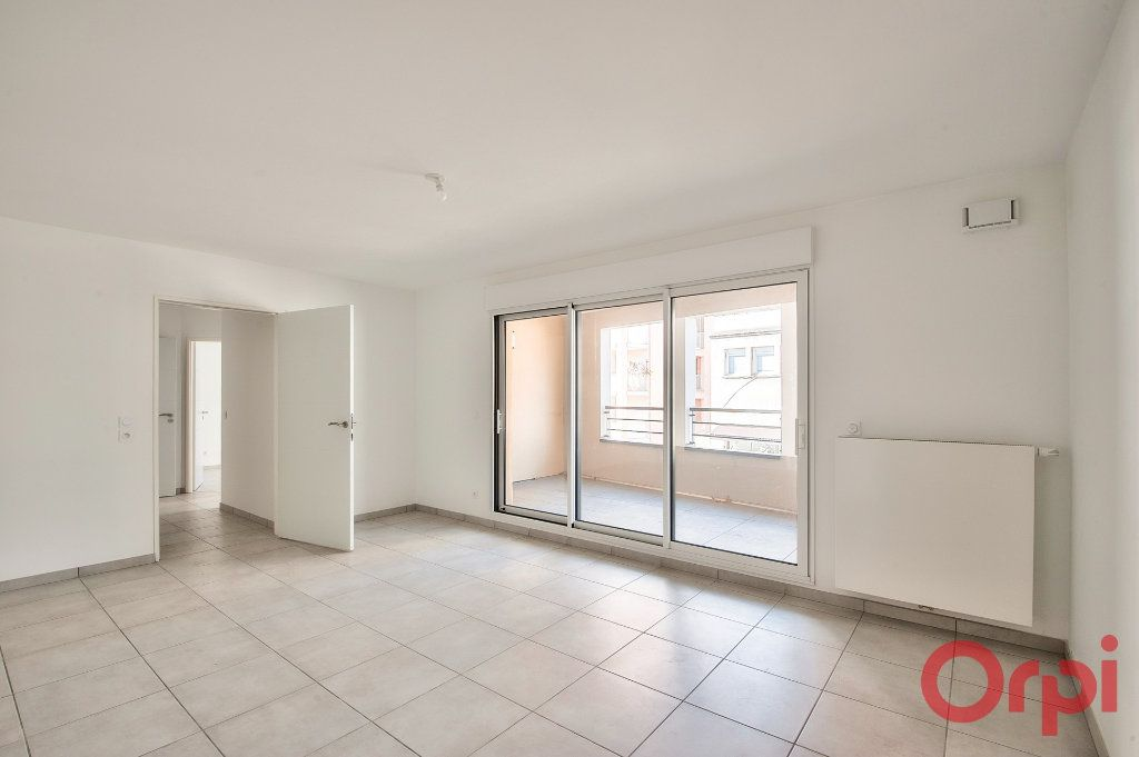 Appartement à vendre 3 65.25m2 à Manosque vignette-4