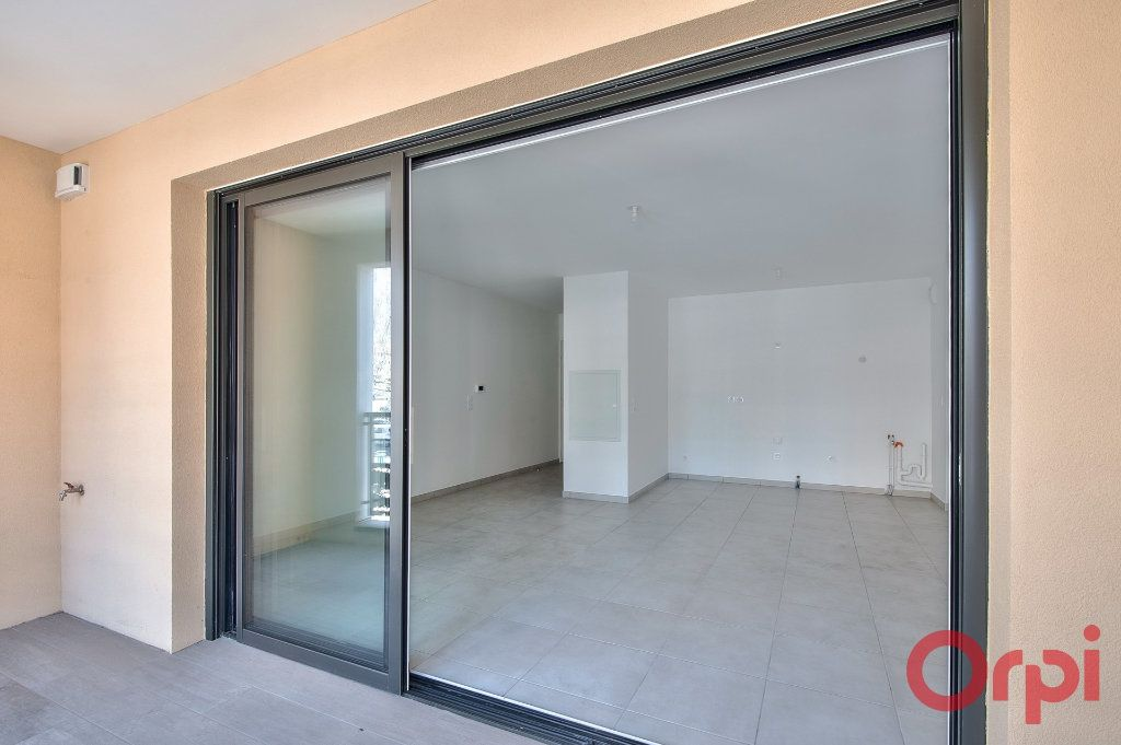 Appartement à vendre 3 65.25m2 à Manosque vignette-7