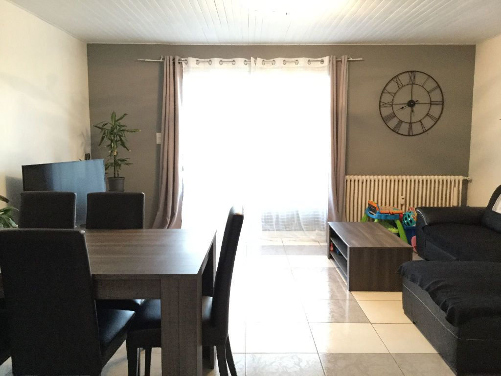Appartement à louer 3 65.2m2 à Manosque vignette-1