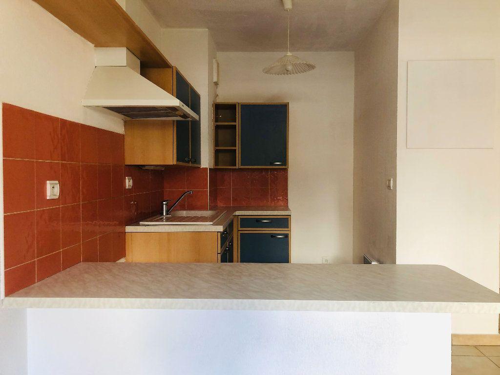 Appartement à louer 1 30.4m2 à Manosque vignette-5