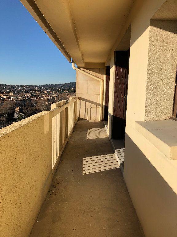 Appartement à louer 4 75.36m2 à Manosque vignette-3