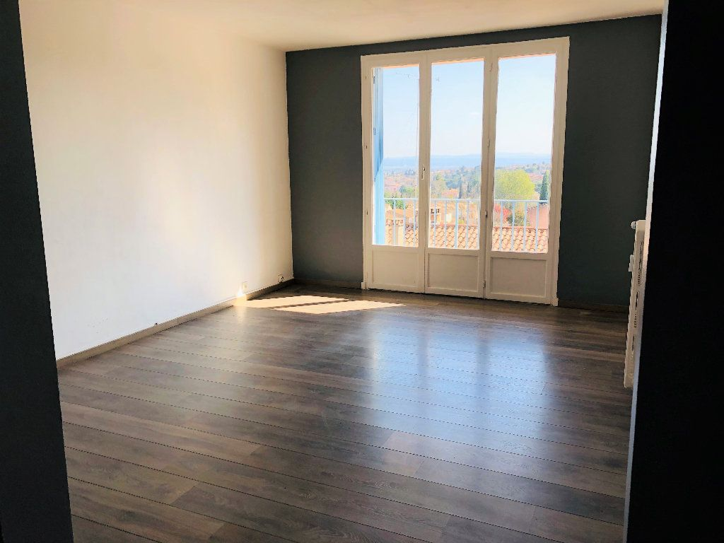 Appartement à louer 3 55.88m2 à Manosque vignette-3