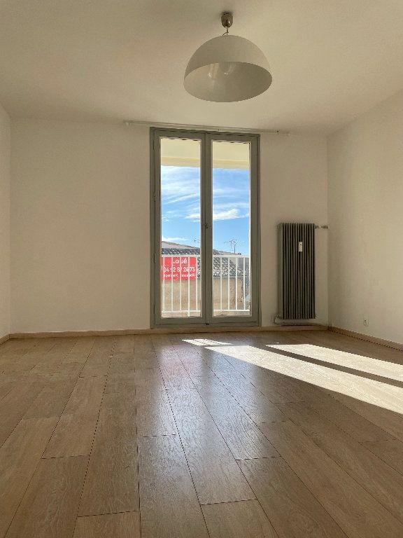 Appartement à louer 2 45.01m2 à Manosque vignette-2