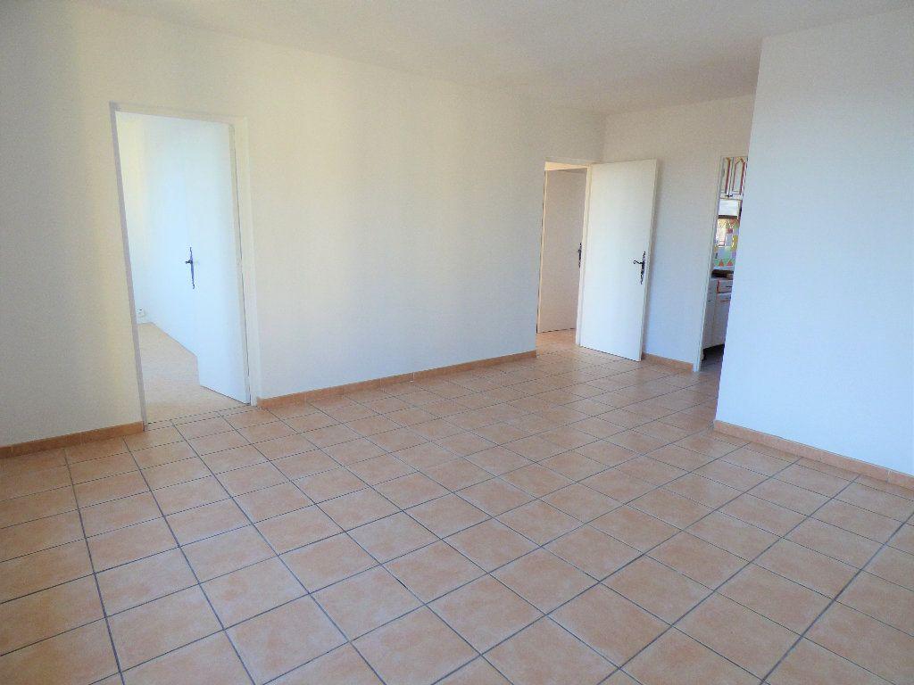 Appartement à vendre 4 73.35m2 à Manosque vignette-1
