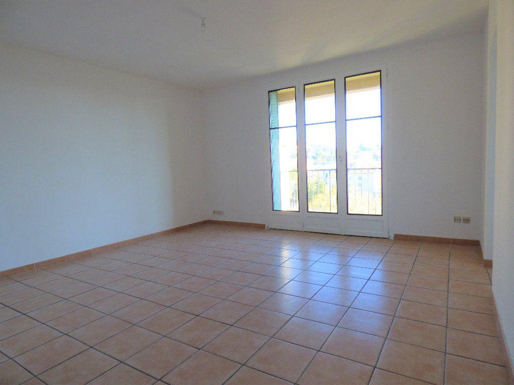 Appartement à vendre 4 73.35m2 à Manosque vignette-2