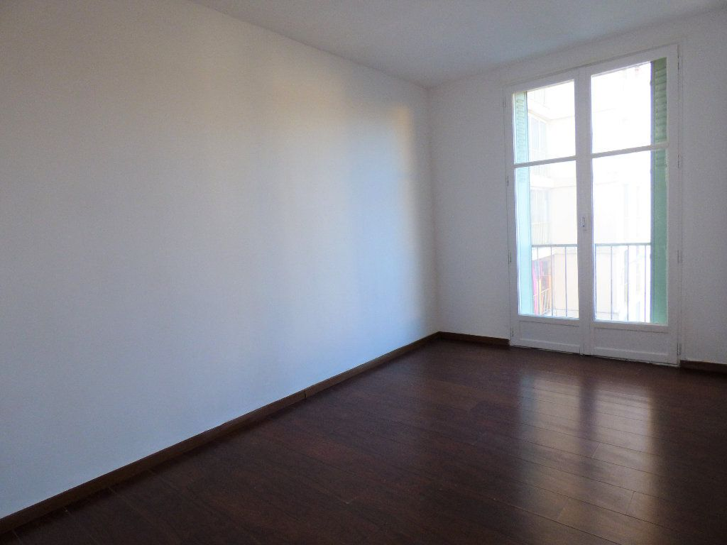 Appartement à vendre 4 73.35m2 à Manosque vignette-6