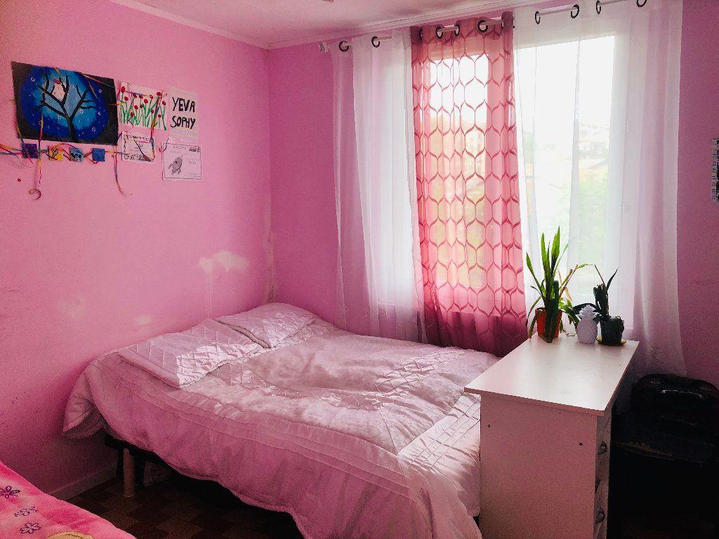 Appartement à louer 3 56.76m2 à Manosque vignette-5