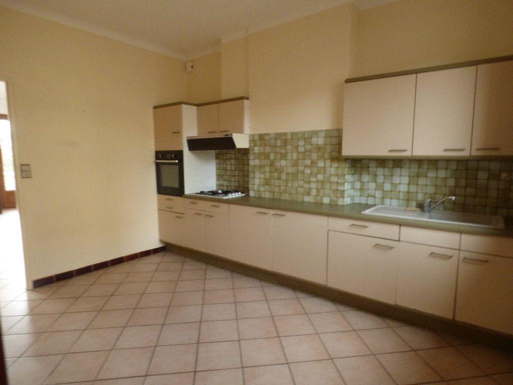 Appartement à vendre 3 97.4m2 à Manosque vignette-3