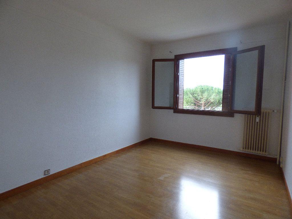 Appartement à vendre 3 97.4m2 à Manosque vignette-6