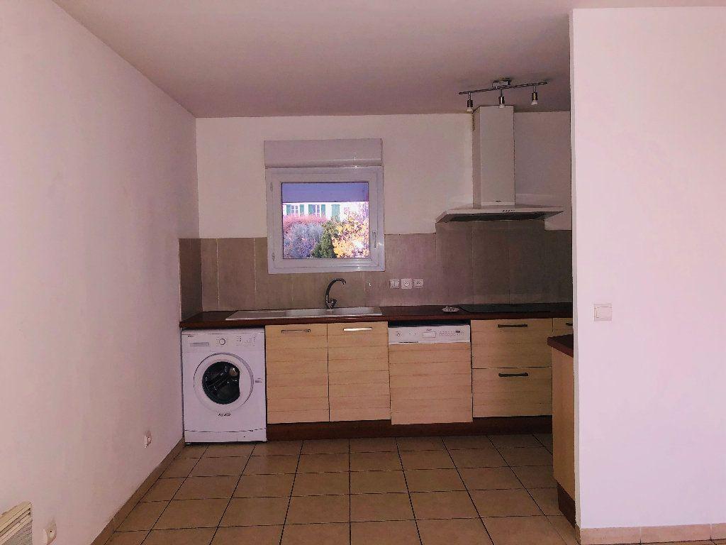 Appartement à louer 4 89.29m2 à Manosque vignette-1