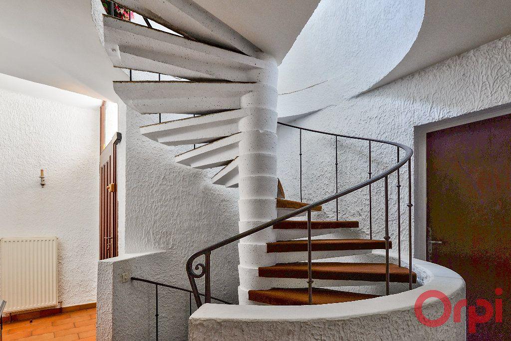 Maison à vendre 9 234.36m2 à Manosque vignette-9