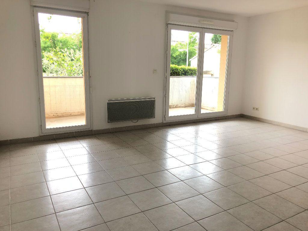 Appartement à louer 3 58.93m2 à Manosque vignette-1