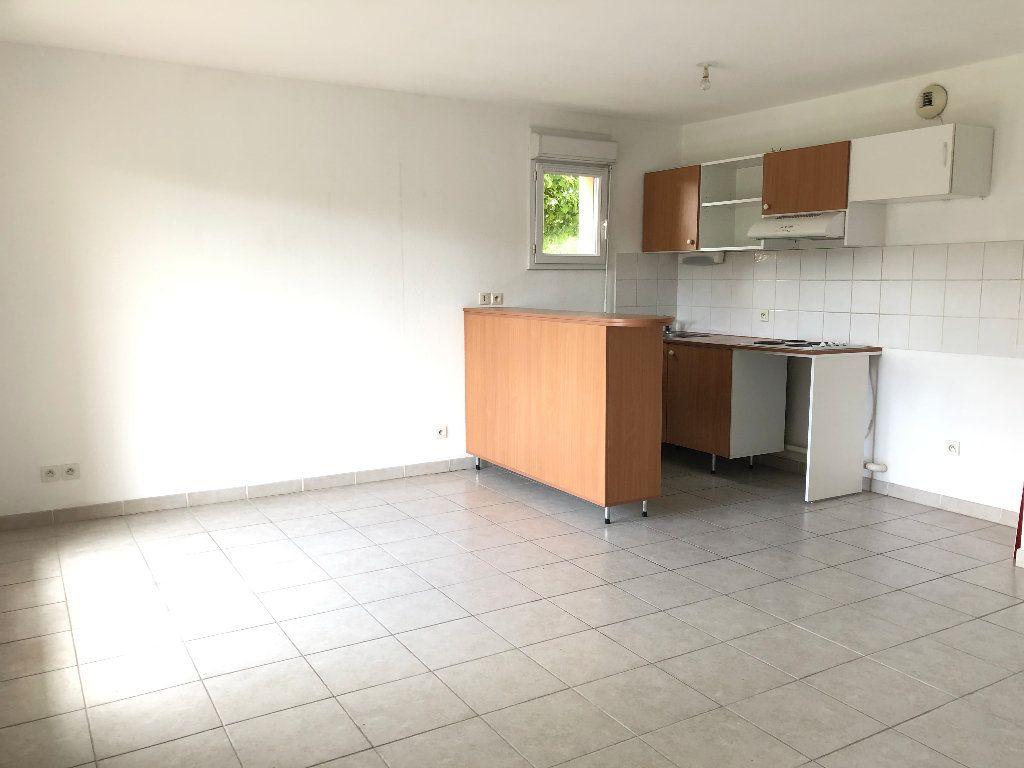Appartement à louer 3 58.93m2 à Manosque vignette-4