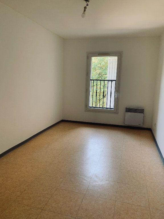 Appartement à louer 3 50.75m2 à Manosque vignette-2