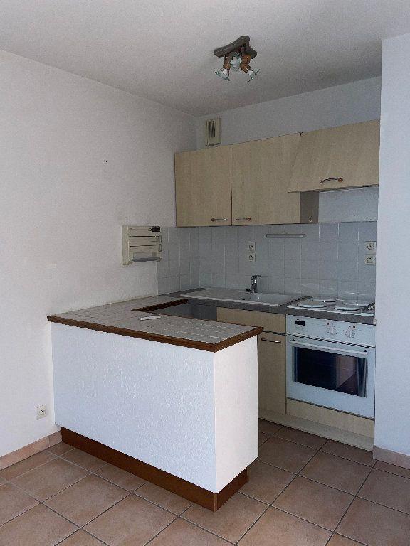 Appartement à louer 2 41.06m2 à Manosque vignette-4