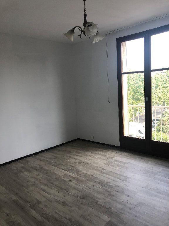 Appartement à louer 4 70.43m2 à Manosque vignette-7
