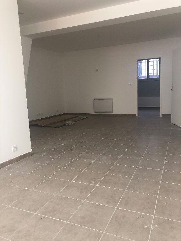Appartement à louer 3 64.95m2 à Manosque vignette-5