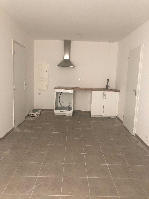 Appartement à louer 2 31.59m2 à Manosque vignette-1