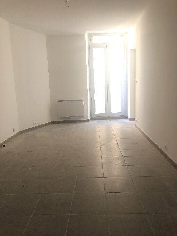 Appartement à louer 2 31.59m2 à Manosque vignette-2