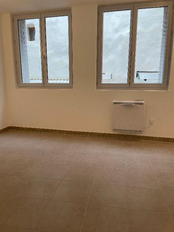Appartement à louer 3 70.37m2 à Manosque vignette-5