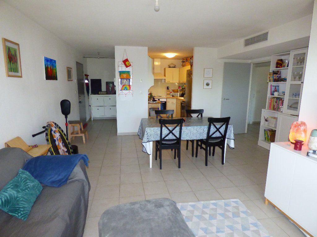 Appartement à vendre 4 76m2 à Manosque vignette-3