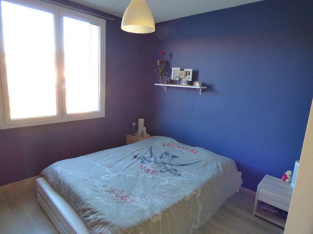 Appartement à vendre 3 56.52m2 à Manosque vignette-4